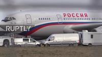 Máy bay đặc biệt đưa các nhà ngoại giao Nga bị Anh trục xuất về nước