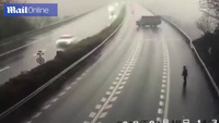Trung Quốc: Đâm xe liên hoàn do tài xế xe tải ngang nhiên quay đầu trên cao tốc