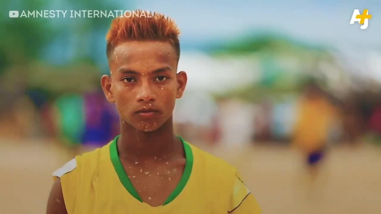 Thưởng thức World Cup 2018 ở trại tị nạn tại Bangladesh
