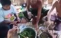 Kỳ lạ món cá nhảy của người Thái ở Sơn La, Việt Nam