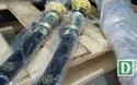 """Quảng Trị: Vũ khí """"nóng"""" và công cụ hỗ trợ ẩn trong cửa hàng tạp hóa"""