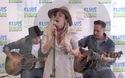 """Miley Cyrus trình diễn bản """"hit"""" Malibu"""
