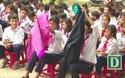 Hơn 1.000 áo ấm và xe đạp được chuyển đến học sinh nghèo vùng cao