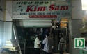 """Tiểu thương """"hỗn loạn"""" vì 1 ki-ốt bốc cháy dữ dội ở chợ lớn nhất tỉnh Phú Yên"""