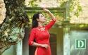 Mai Thu Huyền duyên dáng áo dài giữa mùa thu Hà Nội.