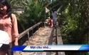 Hàng trăm hộ dân và học sinh xã Nnh Thới,(huyện Cầu Kè, tỉnh Trà Vinh) mong có cây cầu vững chắc
