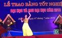 Tiết mục văn nghệ trong lễ tốt nghiệp của sinh viên ĐH Ngoại ngữ Đà Nẵng