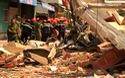 Vụ nhà 2 tầng sập cụ ông văng xuống đường tử vong: Suýt gây nạn thảm khốc