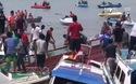 Tàu chở 51 khách lật giữa biển, ít nhất 10 người thiệt mạng