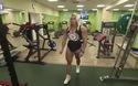 """Xem người phụ nữ """"cơ bắp"""" nhất thế giới luyện tập"""