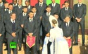 Đội tuyển Bồ Đào Nha đến Nga dự World Cup được chào đón bằng bánh mì và muối