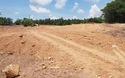 Quang cảnh dự án bãi đỗ xe lăng vua Tự Đức đang tạm dừng chờ xử lý