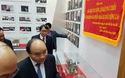 Thủ tướng thăm Nhà truyền thống Đại học Huế