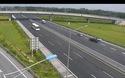 Nữ tài xế lái xe ngược chiều trên cao tốc Hà Nội - Hải Phòng