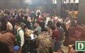 """""""Đột kích"""" bar Đông Kinh, đưa 176 người về trụ sở kiểm tra ma tuý"""