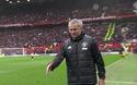 Mourinho bắt tay Conte sau tiếng còi mãn cuộc