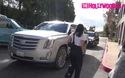 Kourtney Kardashian sành điệu ra phố