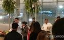Priyanka Chopra và Nick Jonas sành điệu tại sân bay