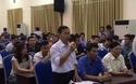 Phó Chủ tịch UBND xã Đồng Tâm chia sẻ tâm tư tại cuộc họp với Chủ tịch TP Hà Nội.