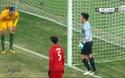 Thủ môn Tiến Dũng cứu thua cho U23 Việt Nam sau cú sút của Champness