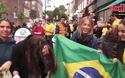 Khoảnh khắc ấn tượng của cổ động viên Brazil ở trận gặp Thụy Sỹ