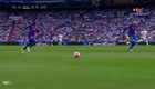 Highlights Real Madrid 2-3 Barcelona Messi lập cú đúp góp công lớn giúp Barcelona vượt qua Real Madrid với tỷ số 3-2, điều này khiến cuộc đua đến chức vô địch La Liga ngày càng hấp dẫn.
