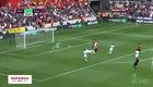 Mourinho không ăn mừng bàn thắng của Martial