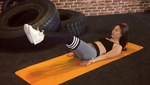 Bài tập nâng chân kết hợp xoạc chân
