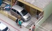 Pha thoát chuồng gây tranh cãi của chiếc xe MPV