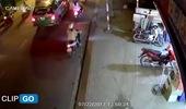 Khoảnh khắc Hyundai Santa Fe gây tai nạn liên hoàn cho 12 xe tại Sài Gòn