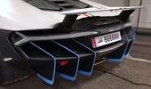 """Xem cảnh siêu xe Lamborghini Centenario được """"tắm rửa"""" bằng máy tự động"""