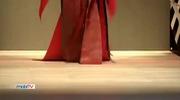 Võ Hoàng Yến catwalk xuất thần tại Tuần lễ thời trang Quốc tế Việt Nam 2017