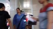 Bệnh nhân ùn ùn sau khi một căn phòng trên tầng 4 khoa khám bệnh BV Bạch Mai bị cháy