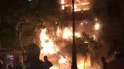 Clip: Cháy lớn trong đêm thiêu rụi căn nhà 5 tầng trên phố lồng đèn. Nguồn: Facebook