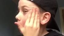 Video dạy trang điểm thu hút tơi 485.000 lượt xem của Jack