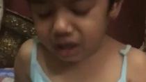 Bé gái bị tát khi học đếm