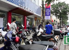 Hà Nội: Người dân mệt mỏi đi bổ sung thông tin cá nhân cho thuê bao
