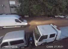 Tài xế ô tô dũng cảm chặn đứng một vụ trộm xe máy trên đường