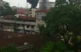 Hà Nội: Nổ và cháy lớn ở khu vực gần viện 108