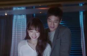 Kim Rae Won - Park Shin Hye và nụ hôn nóng bỏng bên máy gắp thú