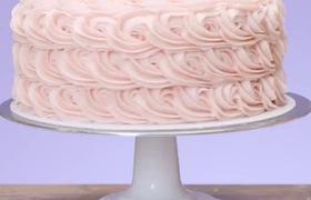 Cùng xem cách làm bánh kem hoa hồng như thế nào