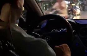 Anh taxi tuyệt nhất quả đất: Tại sao lại phải cáu với vợ khi vợ gọi điện hỏi han và chờ cơm?