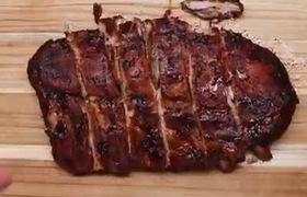 Xem cách chế biến thịt sườn kích thích vị giác từ Châu Âu