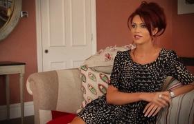 Người đẹp nước Anh - Amy Childs chia sẻ về bí quyết giữ dáng