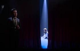 """Tập 9 """"Sau ánh hào quang"""": Danh ca Họa Mi bộc bạch về khoảng đời phải gác nghiệp ca hát để chăm lo cho 18 gia đình bên chồng"""