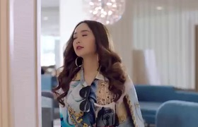 Minh Hằng nhắc khéo chuyện cấp thẻ hành nghề ca sĩ, đá đểu Hồ Ngọc Hà chèn ép trong MV mới