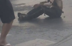 Hà Nội: Nổ bốt điện ngay giữa phố Hà Đông, hai vợ chồng bán nước chè bị bỏng nặng