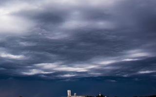 Những đám mây đáng sợ của Trái đất