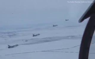 Xem máy bay Nga dàn trận sau lệnh sẵn sàng chiến đấu của Tổng thống Putin