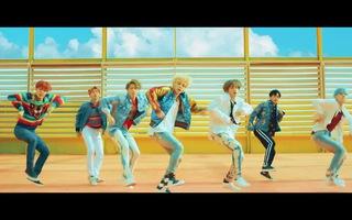 """""""DNA"""" MV - BTS"""